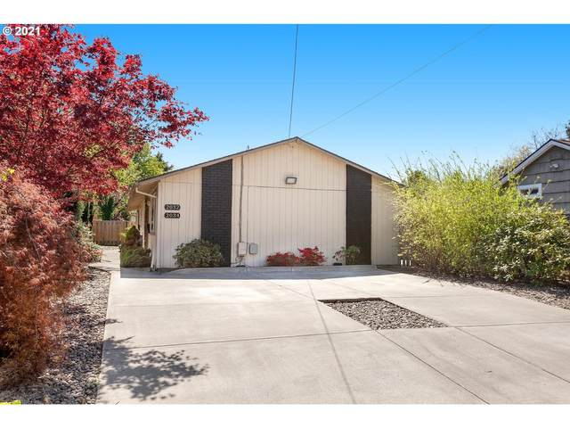 2032 SE Insley St, Portland, OR 97202 (MLS #21158566) :: Cano Real Estate
