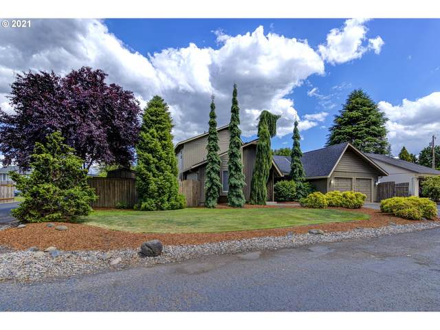 5323 NW Cherry St #D, Vancouver, WA 98663 (MLS #21159023) :: Gustavo Group
