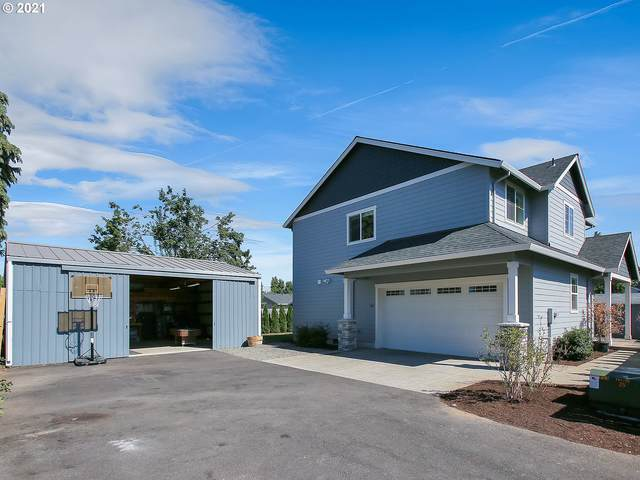 562 N Knights Bridge Rd, Canby, OR 97013 (MLS #21159067) :: Oregon Digs Real Estate