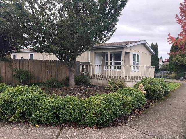 303 Scotts Glen Dr, Springfield, OR 97477 (MLS #21159346) :: The Haas Real Estate Team