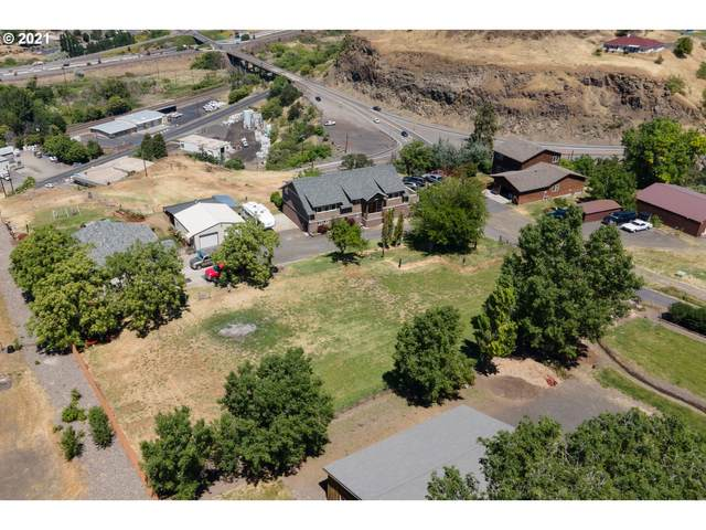 3011 Old Dufur Rd, The Dalles, OR 97058 (MLS #21163401) :: Tim Shannon Realty, Inc.