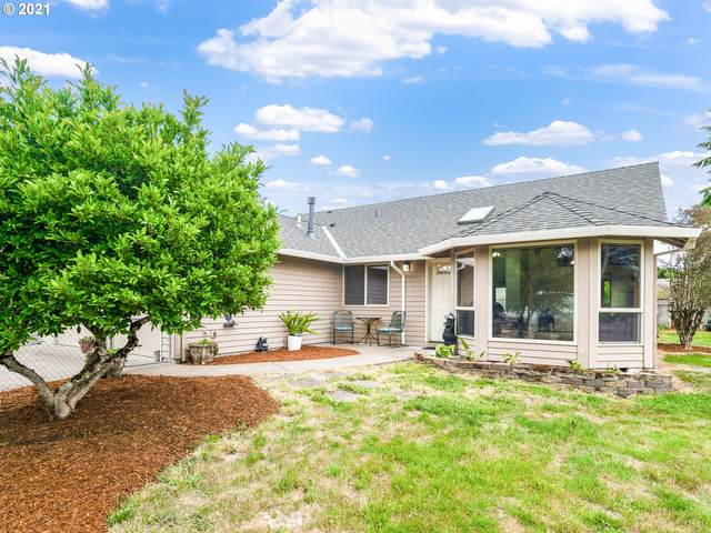1811 D St, Forest Grove, OR 97116 (MLS #21163489) :: Cano Real Estate