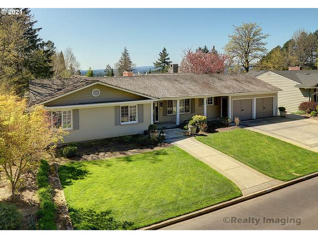 7150 SW Renee Dr, Portland, OR 97225 (MLS #21166213) :: Next Home Realty Connection