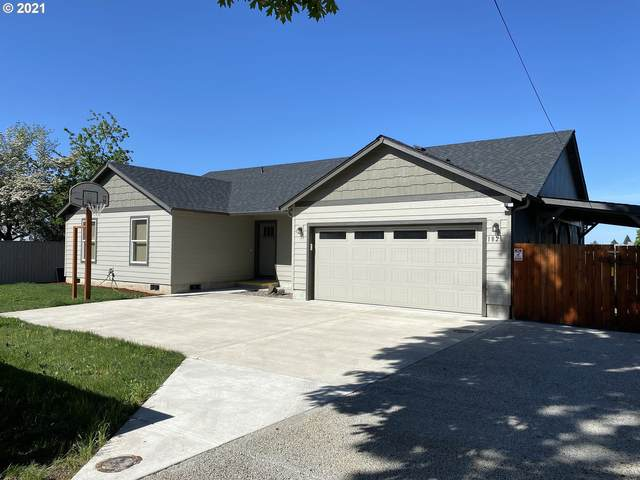1826 Taney St, Eugene, OR 97402 (MLS #21166521) :: Song Real Estate