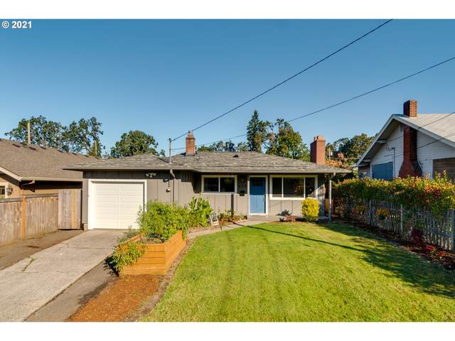 620 E Dartmouth St, Gladstone, OR 97027 (MLS #21169362) :: Townsend Jarvis Group Real Estate