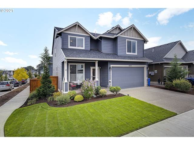 1212 S 10TH Ter, Cornelius, OR 97113 (MLS #21169638) :: Next Home Realty Connection