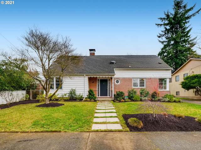 3924 NE 34TH Ave, Portland, OR 97212 (MLS #21173966) :: Song Real Estate