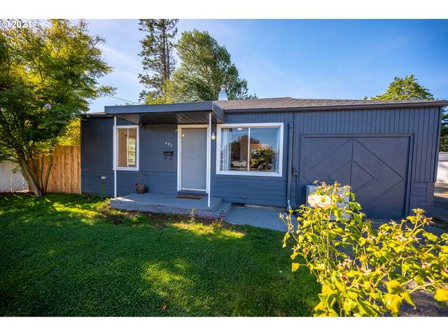 480 W 5TH St, Coquille, OR 97423 (MLS #21174262) :: Fox Real Estate Group