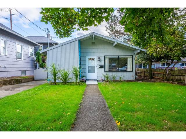 6116 S Hood Ave, Portland, OR 97239 (MLS #21174982) :: Song Real Estate