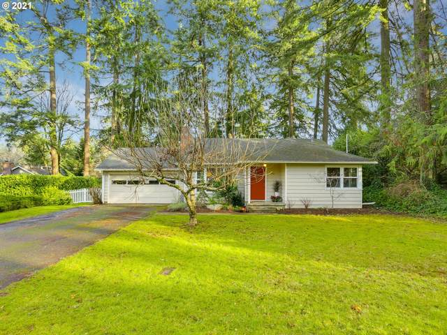1790 Conifer Dr, Lake Oswego, OR 97034 (MLS #21176802) :: Lux Properties