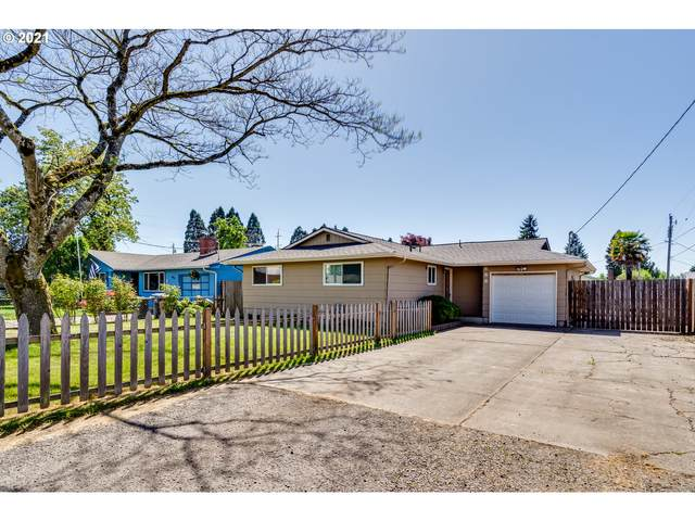 688 S 38TH St, Springfield, OR 97478 (MLS #21179042) :: Song Real Estate