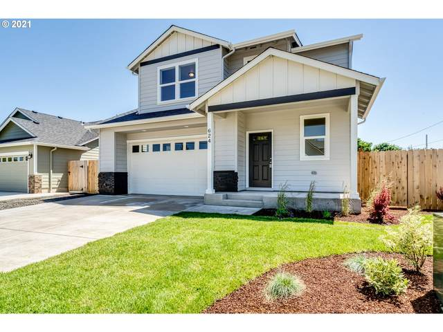 624 N 5TH St, Creswell, OR 97426 (MLS #21179408) :: McKillion Real Estate Group