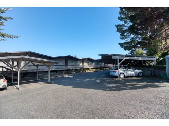 290 N 3RD Ct #4, Coos Bay, OR 97420 (MLS #21182119) :: Fox Real Estate Group