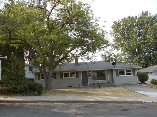2418 SW Nye Ave, Pendleton, OR 97801 (MLS #21182901) :: Fox Real Estate Group