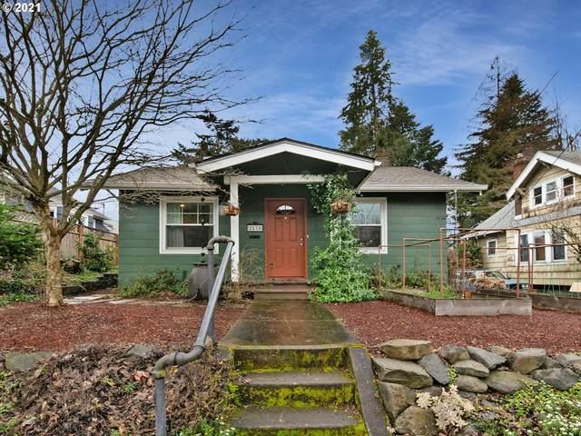 2835 SE 52ND Ave, Portland, OR 97206 (MLS #21183615) :: Holdhusen Real Estate Group
