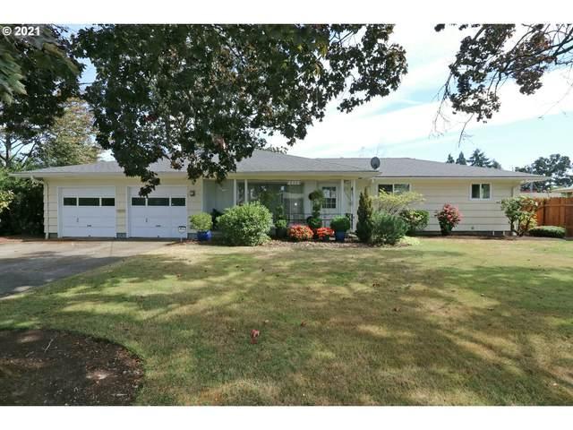 630 Elm St, Woodburn, OR 97071 (MLS #21183846) :: McKillion Real Estate Group