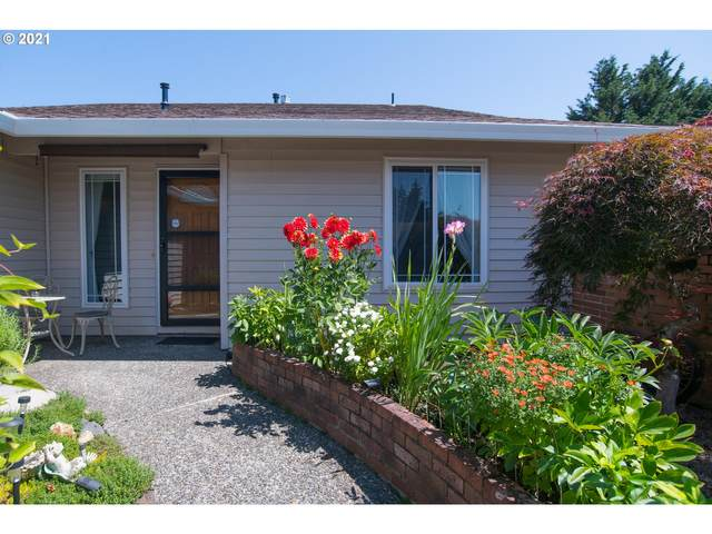 15200 SW 94TH Ave, Tigard, OR 97224 (MLS #21184545) :: Beach Loop Realty