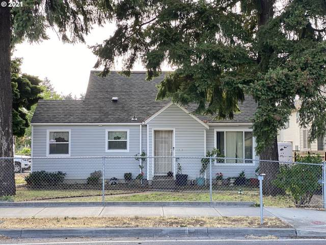 3810 SE 136TH Ave, Portland, OR 97236 (MLS #21184685) :: Beach Loop Realty