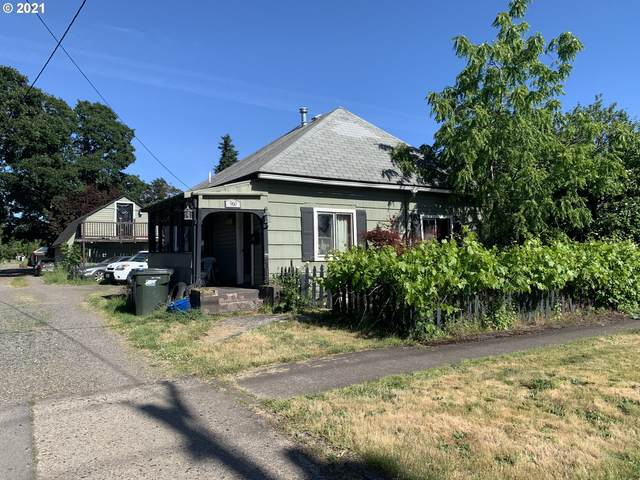 960 14TH St SE, Salem, OR 97302 (MLS #21185989) :: The Pacific Group