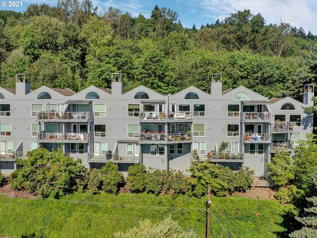 5409 SW View Point Ter, Portland, OR 97239 (MLS #21186016) :: The Haas Real Estate Team