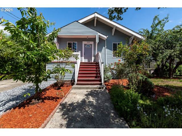 2125 SE Harold St, Portland, OR 97202 (MLS #21189955) :: Next Home Realty Connection