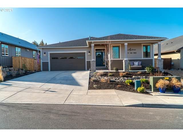 4198 SW Umatilla Ave, Redmond, OR 97756 (MLS #21190126) :: Premiere Property Group LLC