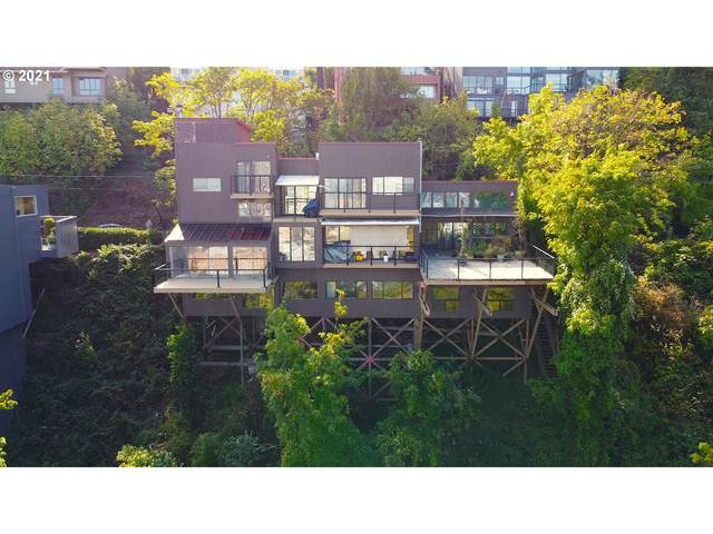 2562 SW Buckingham Ave, Portland, OR 97201 (MLS #21191535) :: Townsend Jarvis Group Real Estate