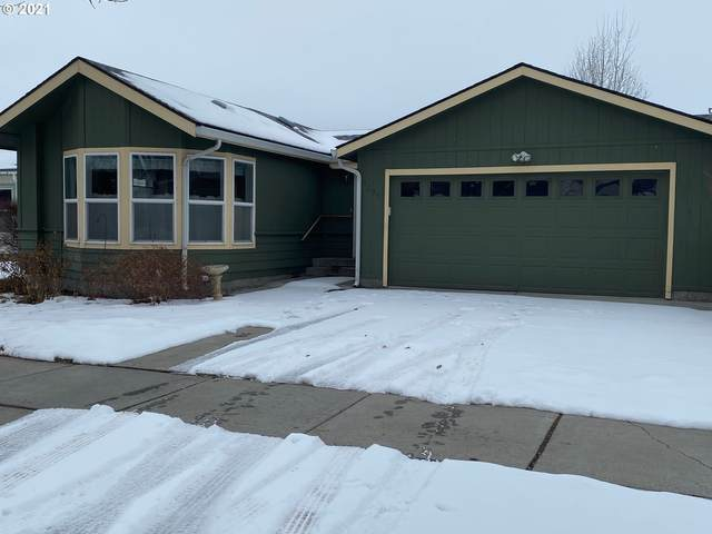 3205 Ash St, Baker City, OR 97814 (MLS #21193320) :: Real Tour Property Group