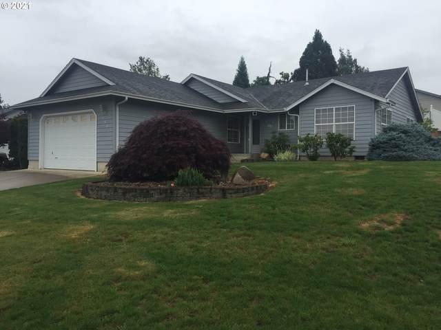 550 SE Parkway Dr, Winston, OR 97496 (MLS #21196395) :: Holdhusen Real Estate Group