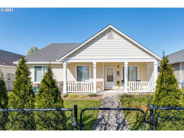 1304 NW 20TH Ave, Battle Ground, WA 98604 (MLS #21200296) :: The Pacific Group