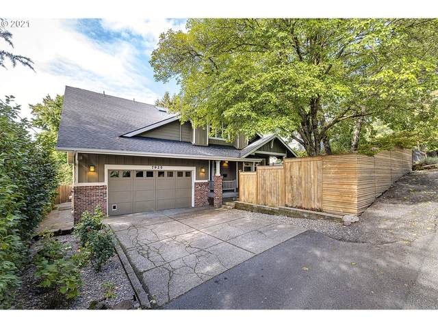7925 SW 28TH Ave, Portland, OR 97219 (MLS #21203607) :: Holdhusen Real Estate Group