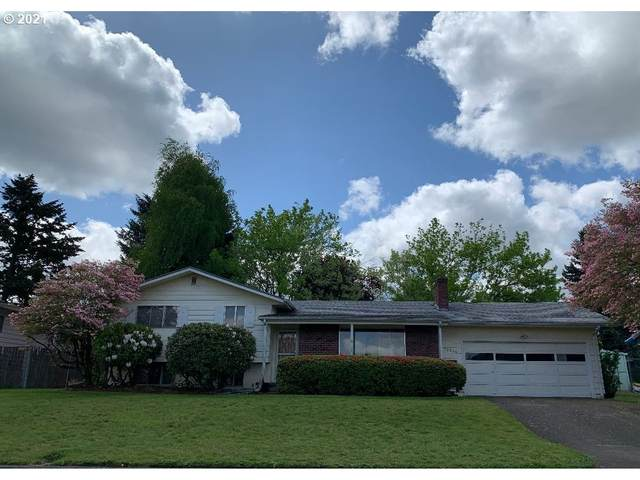 12520 NE Siskiyou St, Portland, OR 97230 (MLS #21204738) :: Townsend Jarvis Group Real Estate