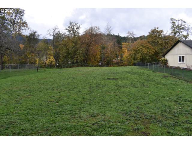 834 Hamlin Dr, Canyonville, OR 97417 (MLS #21205025) :: Windermere Crest Realty