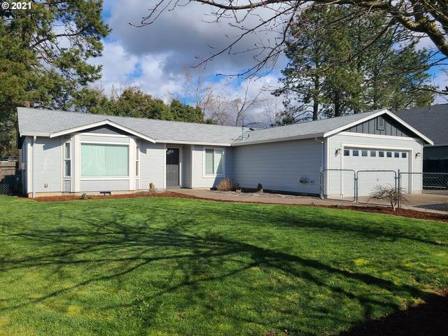 811 E 5TH St, Molalla, OR 97038 (MLS #21207687) :: Next Home Realty Connection