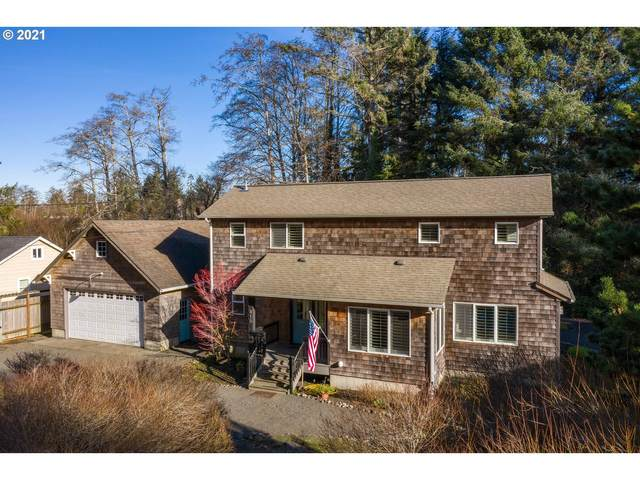 415 Spruce Ave, Gearhart, OR 97138 (MLS #21209215) :: Fox Real Estate Group