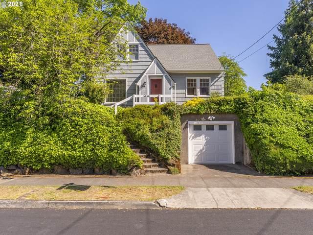 2525 N Sumner St, Portland, OR 97217 (MLS #21209949) :: Real Tour Property Group