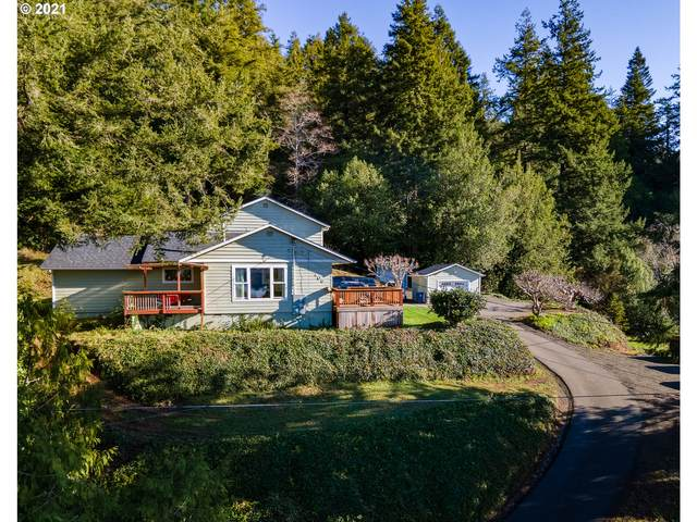 406 S Irving St, Coquille, OR 97423 (MLS #21211459) :: Townsend Jarvis Group Real Estate