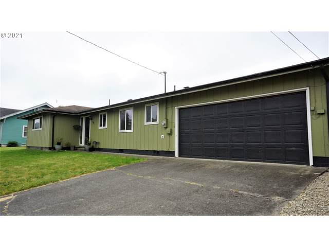 900 Doborout St, Myrtle Point, OR 97458 (MLS #21212833) :: Fox Real Estate Group