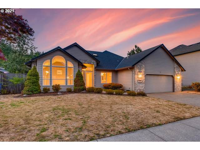 337 SW 37TH Ter, Gresham, OR 97080 (MLS #21215170) :: Cano Real Estate