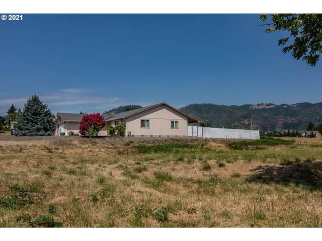 143 Briggs Dr, Myrtle Creek, OR 97457 (MLS #21217054) :: Premiere Property Group LLC