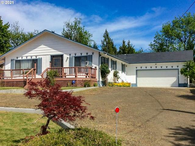 949 W Old Melrose Rd, Roseburg, OR 97471 (MLS #21217059) :: Premiere Property Group LLC