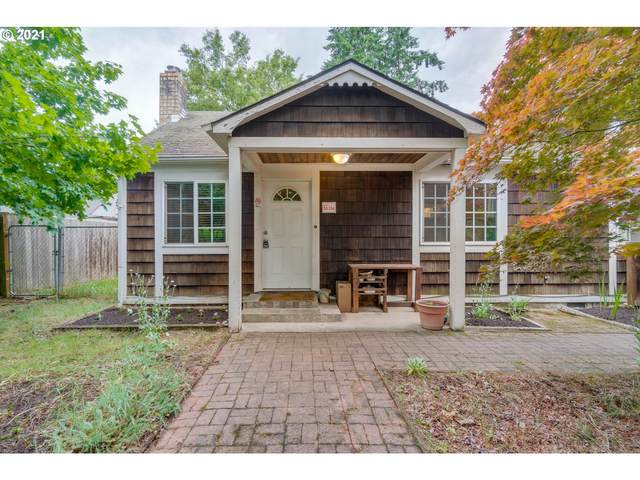 5595 SE 128TH Ave, Portland, OR 97236 (MLS #21218903) :: Song Real Estate