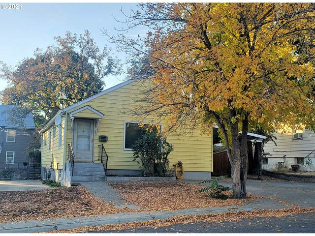 631 NW 7TH St, Pendleton, OR 97801 (MLS #21219913) :: Cano Real Estate