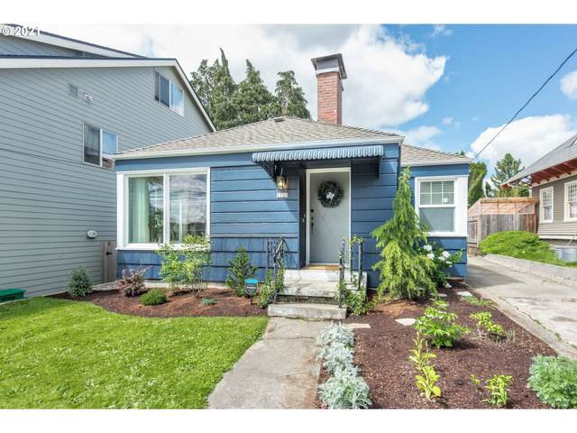 2235 SE 60TH Ave, Portland, OR 97215 (MLS #21220033) :: Cano Real Estate