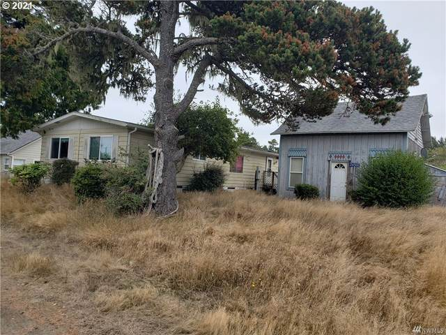 26502 Ridge Ave, Ocean Park, WA 98640 (MLS #21222495) :: Cano Real Estate