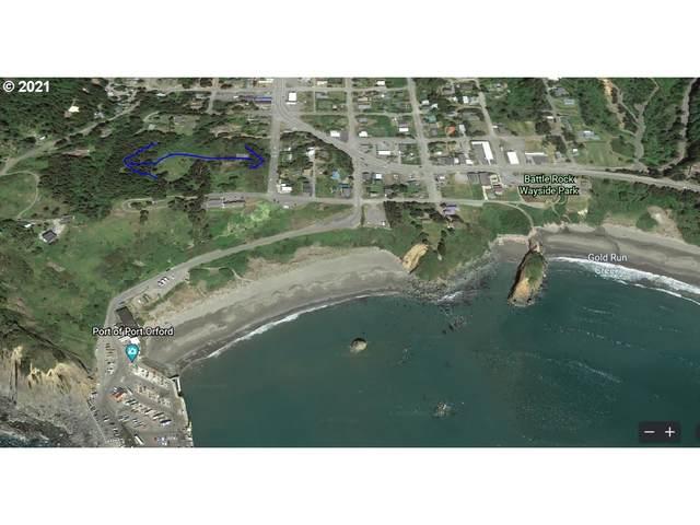 Oregon St, Port Orford, OR 97465 (MLS #21226083) :: Change Realty