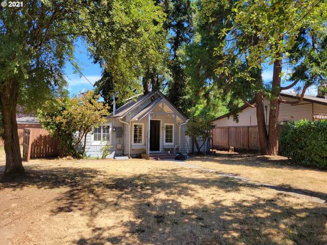 5903 SE Willow St, Milwaukie, OR 97222 (MLS #21228074) :: Holdhusen Real Estate Group