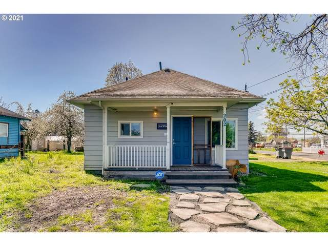 202 Getchell St, Amity, OR 97101 (MLS #21229395) :: Cano Real Estate