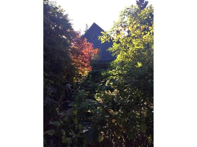 2809 SE 41ST Ave, Portland, OR 97202 (MLS #21229587) :: Song Real Estate
