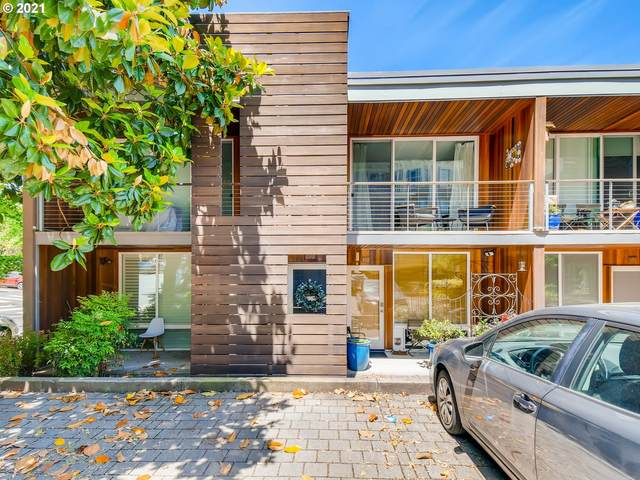 722 NW 24TH Ave #202, Portland, OR 97210 (MLS #21230076) :: Gustavo Group